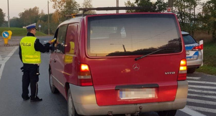 Bezpieczeństwo, Poranna akcja kontroli trzeźwości kierowców - zdjęcie, fotografia