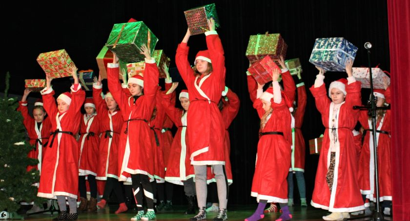 Konkurs, Konkursy świąteczne dzieci Otwocku - zdjęcie, fotografia
