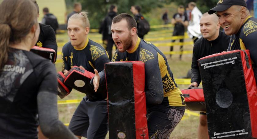 Sport - dyscypliny inne, Jissenkan Otwock kolejnej edycji Runmageddonu - zdjęcie, fotografia