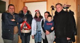 Paczki świąteczne od IPPO dla rodzin w potrzebie