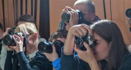 Rok z aparatem: wystawa prac Sekcji Fotograficznej GOK Wiązowna