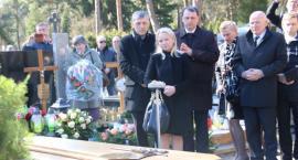 Celestynów pożegnał Nauczycielkę - profesor Halinę Różacką