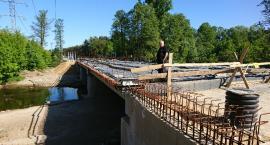 Most przez Świder będzie gotowy we wrześniu