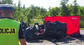 30-latek zginął w zderzeniu czołowym na DW 801