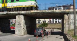 Jaka wysokość wiaduktu na ul. Orlej w Otwocku?