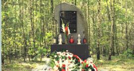 Uroczystość ku czci leśników Nowakowskich