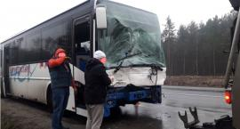 Kolizja z udziałem autobusu na DK 17