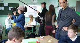 Japońska telewizja w szkole w Starej Wsi