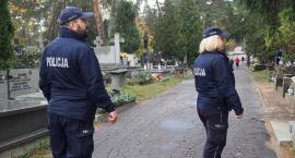 Policyjne patrole w rejonach cmentarzy