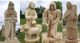 Wiązowna przywita rzeźbami