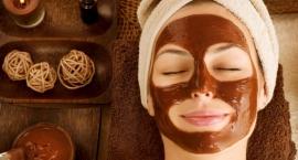 Maseczki kosmetyczne na twarz – zwiększ ich moc działania