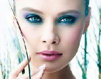 Niebieskie oczy - hit lata!