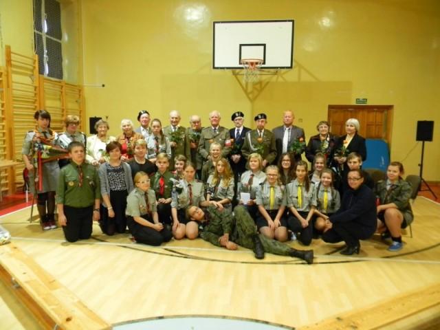 Aktualności, Kombatanci Kresów ponownie odwiedzili grodziskie szkoły - zdjęcie, fotografia