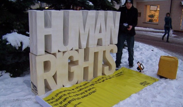 Publicystyka, protestuje Grodzisk - zdjęcie, fotografia