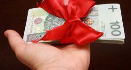 Świąteczna pożyczka dla seniora - kto jej udziela?