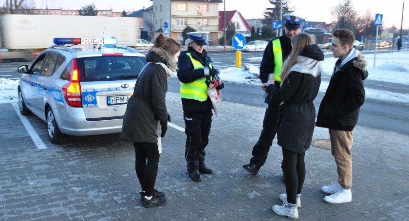 """PREWENCJA, """"Dzień Odblasków"""" ogólnopolska akcja Policji - zdjęcie, fotografia"""