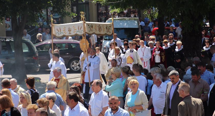 RELIGIA, Boże Ciało procesja ulicami Bielska Podlaskiego - zdjęcie, fotografia