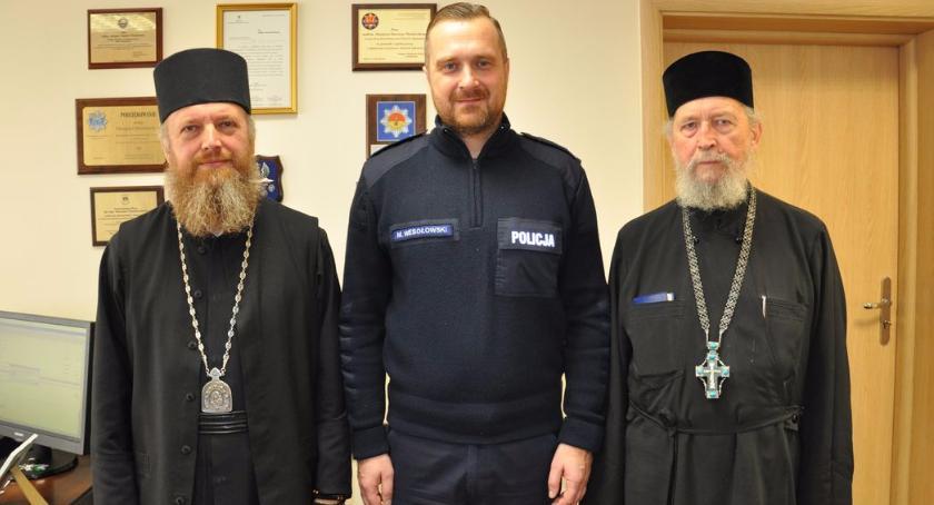 Region, Ekscelencja Najprzewielebniejszy Grzegorz Prawosławny Arcybiskup Bielski wizytuje policję - zdjęcie, fotografia