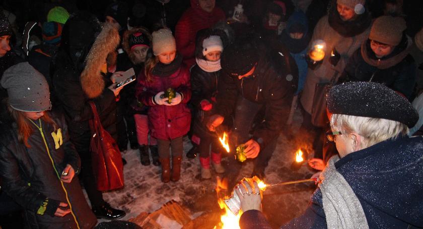 Region, Bielska dotarło Betlejemskie Światło Pokoju - zdjęcie, fotografia
