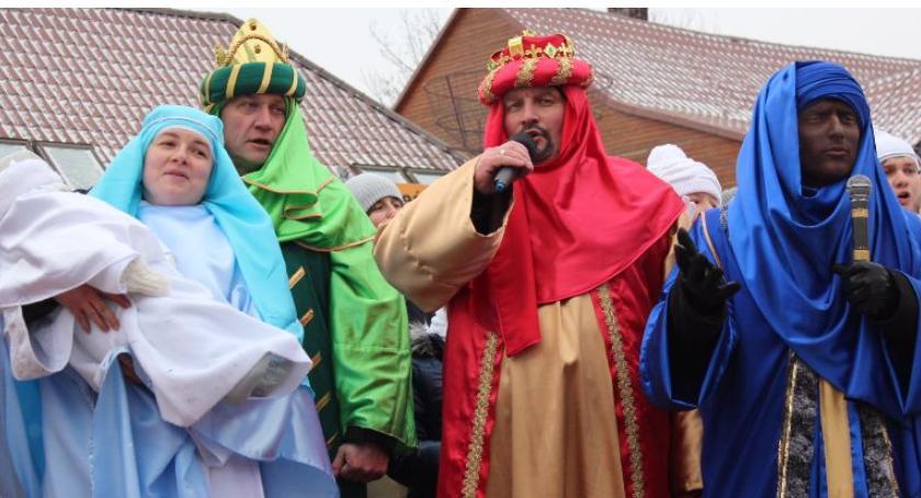 RELIGIA, Orszak Trzech Króli jasełka ulicach Bielska Podlaskiego Brańska - zdjęcie, fotografia
