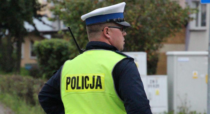 PRZESTĘPSTWA I WYKROCZENIA, Bielsk Podlaski latek uciekał golfem przed policją - zdjęcie, fotografia