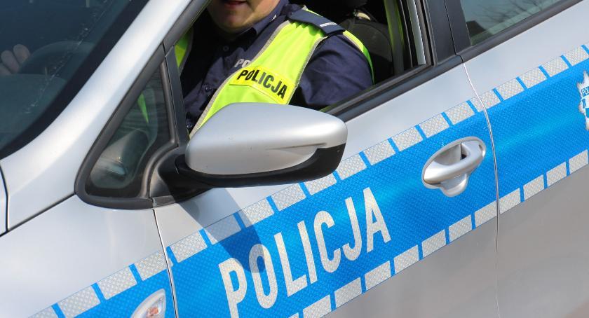 Przestępstwa i Wykroczenia , Policjant czasie wolnym służby zatrzymał pijanego rowerzystę - zdjęcie, fotografia