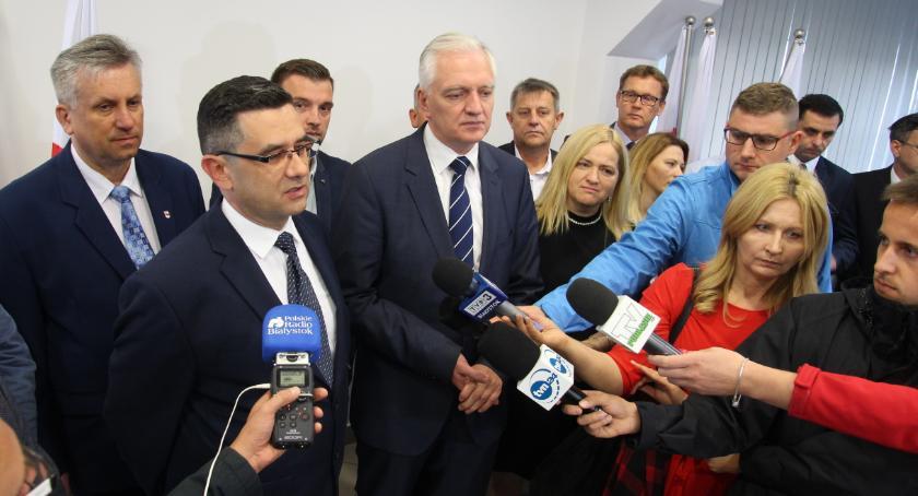 POLITYKA, Jarosław Gowin odwiedził Bielsk Podlaski poparł Tomasza Hryniewickiego - zdjęcie, fotografia