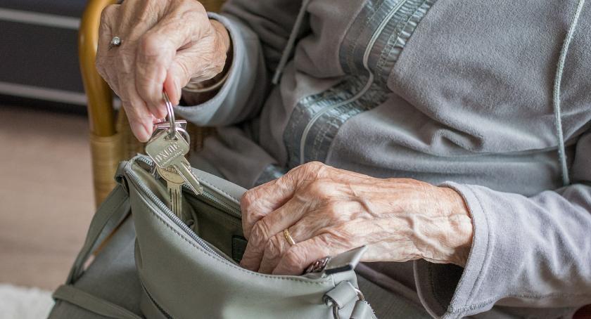 ZDROWIE, Bezpłatne szczepienia seniorów - zdjęcie, fotografia