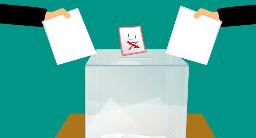 Polityka, Wybory gminie Brańsk listy kandydatów - zdjęcie, fotografia