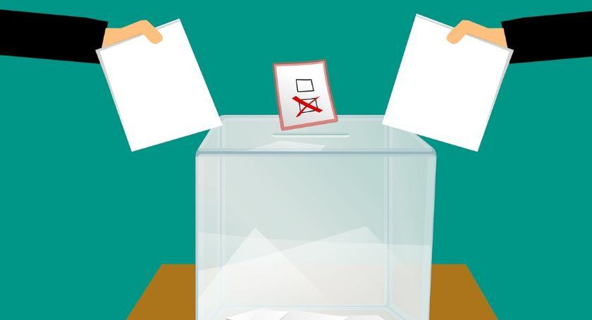 POLITYKA, Wybory Samorządowe - zdjęcie, fotografia