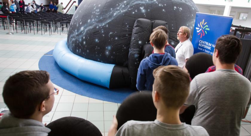 EDUKACJA, Planetobus odwiedza Bielsk Podlaski - zdjęcie, fotografia