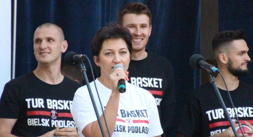 INTERWENCJE, Aneta Andruszkiewicz szansa bielszczanie oglądali ligę żywo - zdjęcie, fotografia