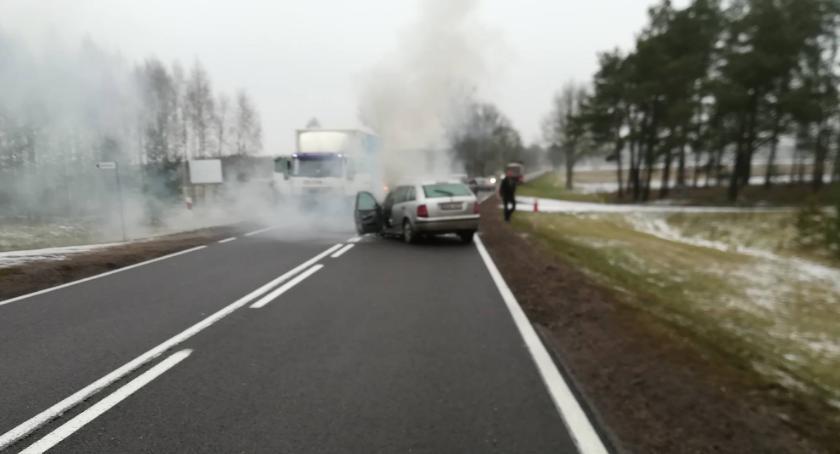 WYPADEK, Wypadek wyznaczono objazdy - zdjęcie, fotografia