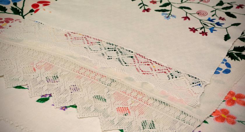 EDUKACJA, Muzeum Bielsku Podlaskim kontynuuje prace badawcze związane ręcznikiem ludowym - zdjęcie, fotografia