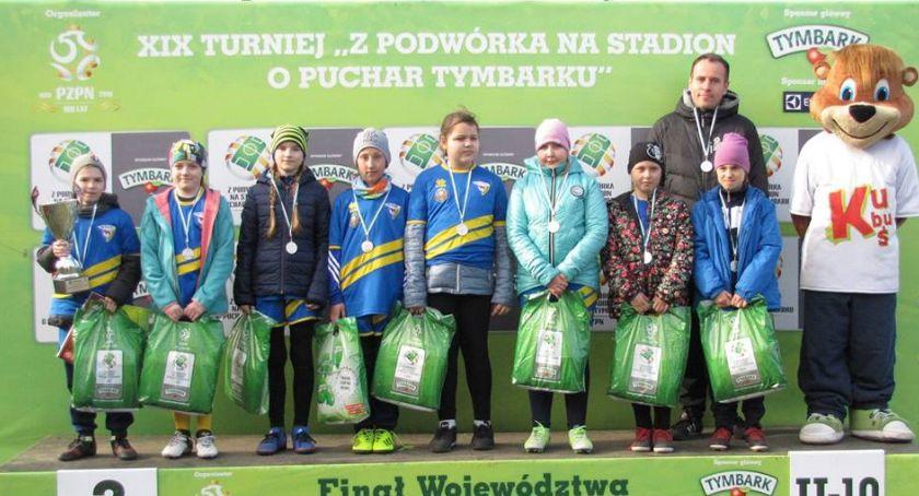 """PIŁKA NOŻNA, Bielskie dziewczęta drugie wojewódzkim turnieju """"Tymbarku"""" - zdjęcie, fotografia"""