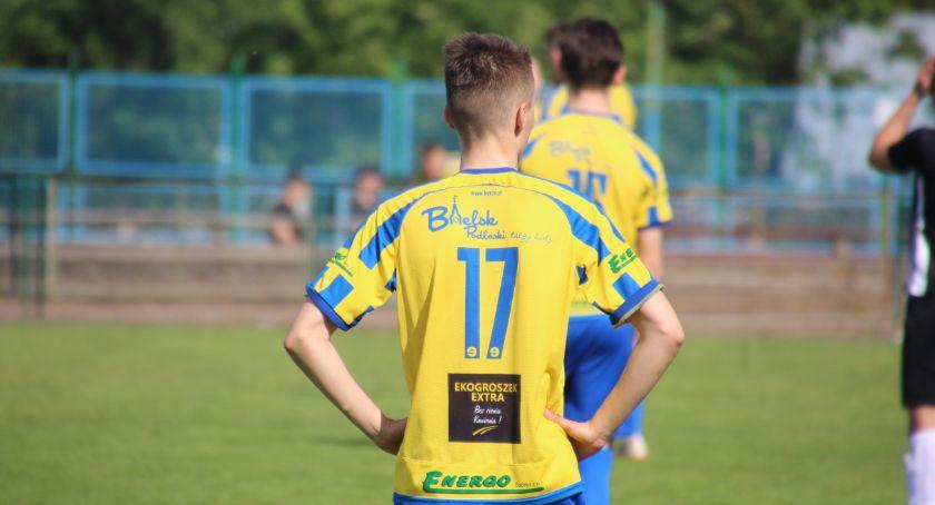 PIŁKA NOŻNA, Bielsk Podlaski kolejną wygraną - zdjęcie, fotografia