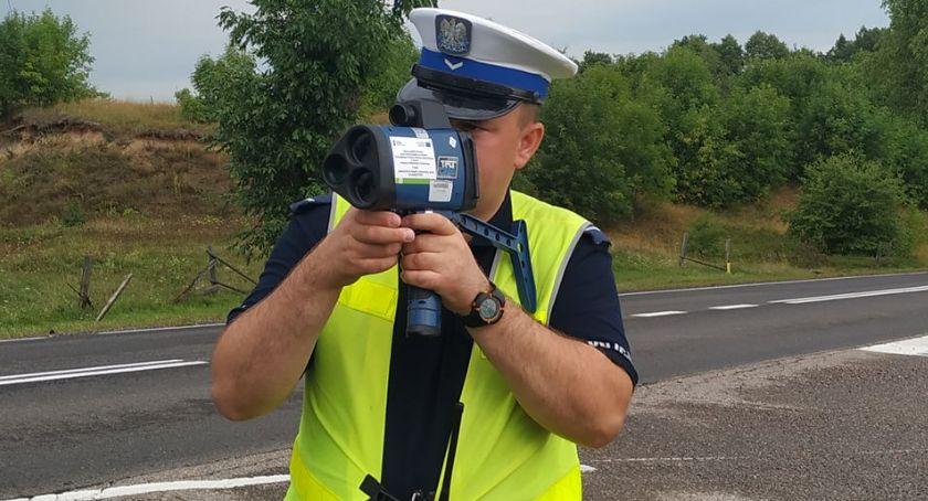 PRZESTĘPSTWA I WYKROCZENIA, Proniewicze latek stracił prawo jazdy nadmierną prędkość - zdjęcie, fotografia