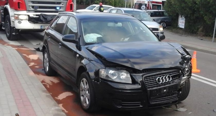 WYPADEK, Bielsk Podlaski Zderzenie dwóch samochodów osobowych - zdjęcie, fotografia