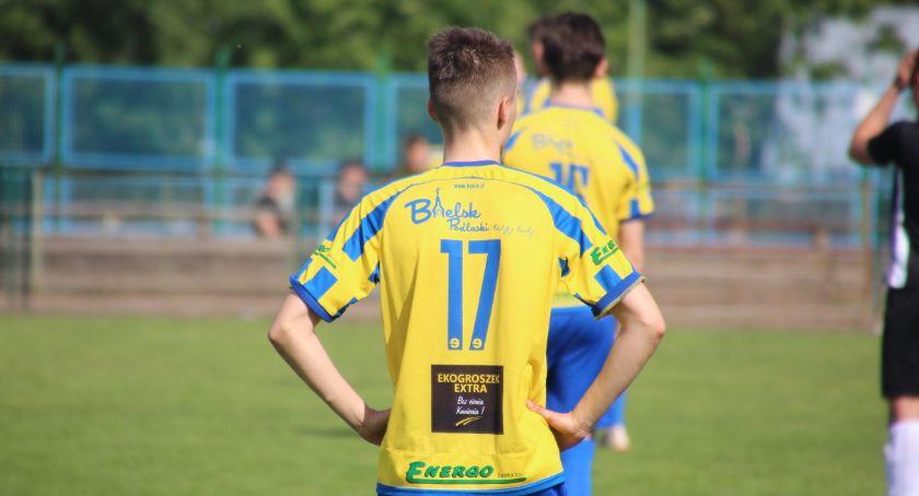 PIŁKA NOŻNA, odpadł okręgowego Pucharu Polski - zdjęcie, fotografia