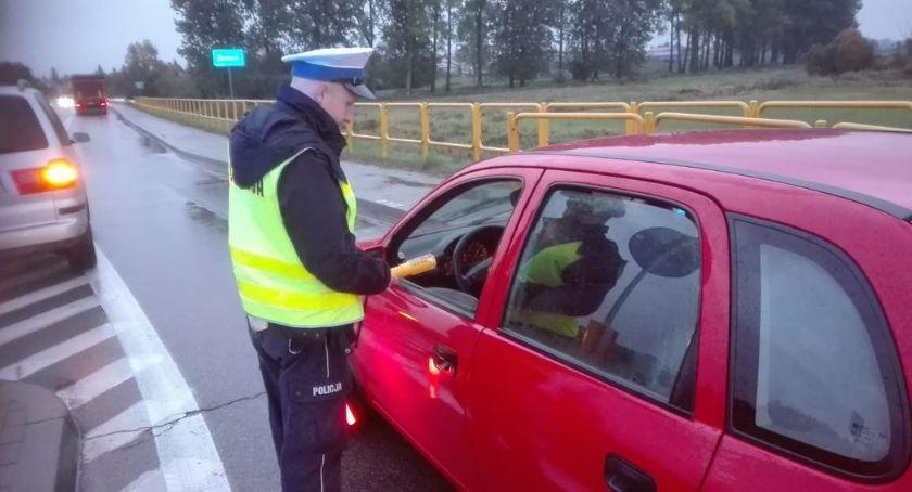 PRZESTĘPSTWA I WYKROCZENIA, Powiat bielski Policja prowadzi wzmożone kontrole trzeźwości - zdjęcie, fotografia