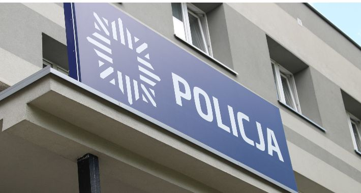WYPADEK, Policja spotkała bezrobotnymi - zdjęcie, fotografia