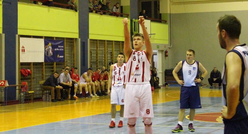 KOSZYKÓWKA, Sokół Ostrów Mazowiecka wygrywa Turem Basket Bielsk Podlaski - zdjęcie, fotografia