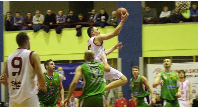 KOSZYKÓWKA, Basket Bielsk Podlaski Stalowa - zdjęcie, fotografia