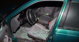 Złodziej radia samochodowego złapany na gorącym uczynku