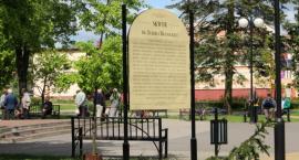 Zagospodarowanie miejsca po wyburzonym pomniku