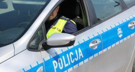 Mężczyzna po pościgu zatrzymał pijanego kierowcę i oddał go w ręce policji
