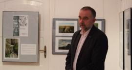Wystawa fotografii ZOSTAŁY TYLKO MACEWY autorstwa Grzegorza Pietraszka w Muzeum w Bielsku Podlaskim