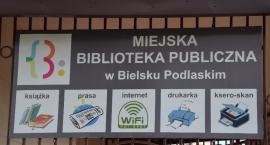 Spotkanie autorskie z Wiesławem Rozbickim w Miejskiej Bibliotece Publicznej