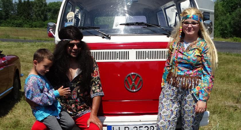 Imprezy plenerowe, złot pojazdów zabytkowych - zdjęcie, fotografia