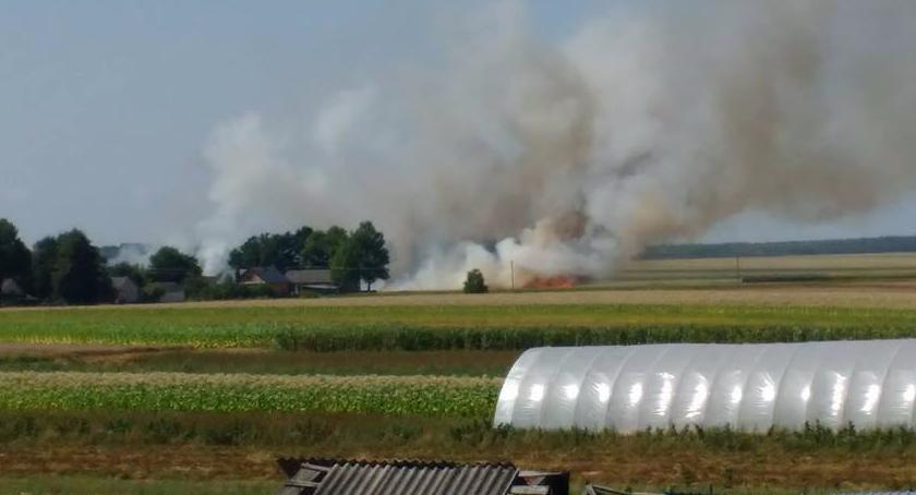 Kronika strażacka, Pożar podczas żniw - zdjęcie, fotografia